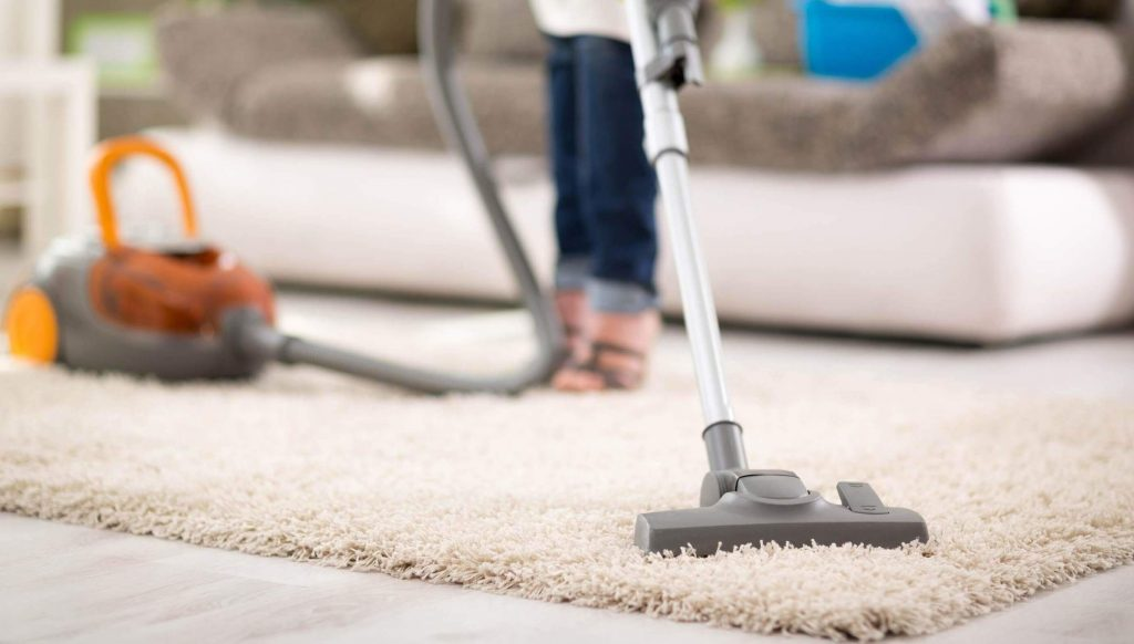 cleaning carpet with machine